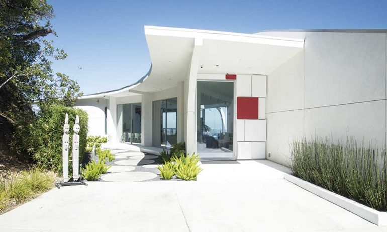 Proyecto iconno arquitectura. Entrada.
